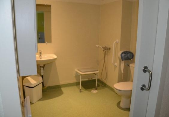residence f catala salle de bains